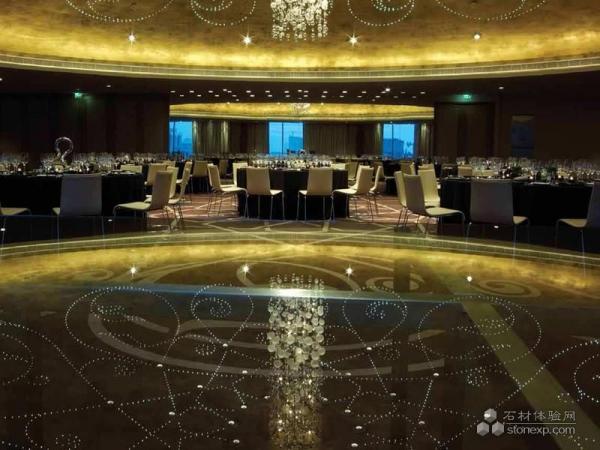 Qatar doha w hotel design by natural stone project stonexp for Design hotel qatar